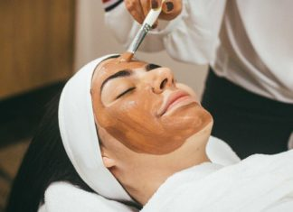 How-Face-Mask-Sheets-Keep-You-Forever-Young-on-AllStorySite