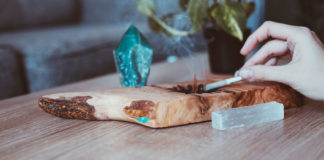 What-Is-Selenite-Crystal-&-How-It-Can-Help-You-on-allstory
